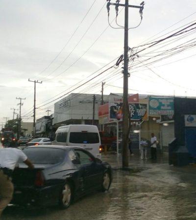 Continúa el mal tiempo en Cancún