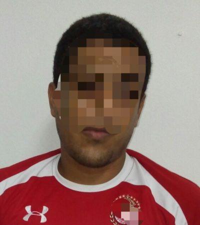 Detienen en Cancún a hombre acusado de violar a menor