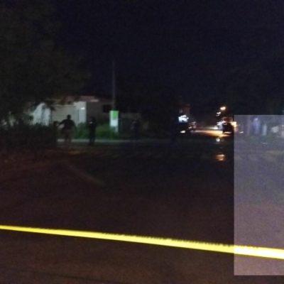 Tras reporte de balazos en Playa, policías casi le disparan a reportero por error