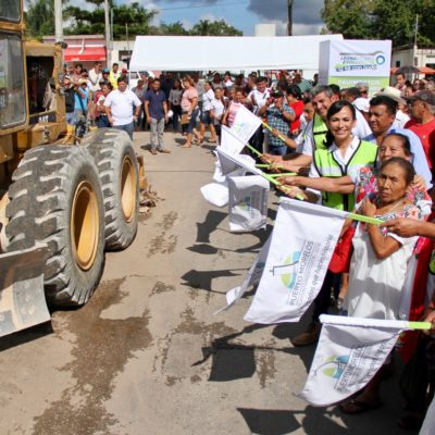 Dan el banderazo de inicio de pavimentación con concreto hidráulico de 15 calles de Leona Vicario