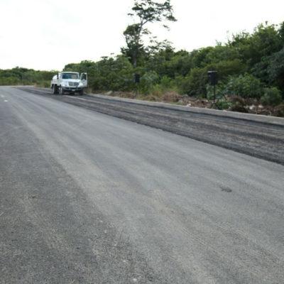 """""""MÁS PAVIMENTACIÓN QUE NUNCA ANTES"""": Reconstruyen carpeta asfáltica en la prolongación de la Calle 145 y aseguran que es parte del programa de obras más amplio en la historia de Cancún"""