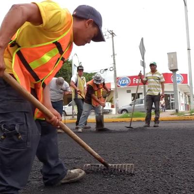 Reporta Solidaridad avance de 60% en pavimentación de la Avenida Constituyentes