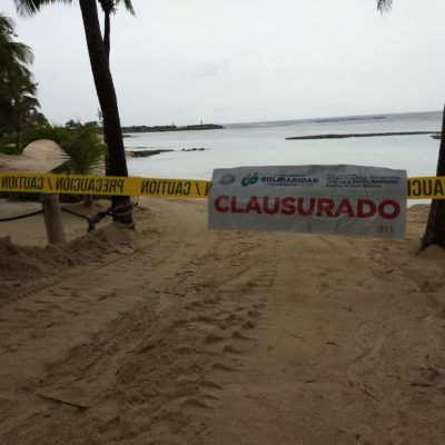 Clausura Solidaridad relleno de playa en Puerto Aventuras