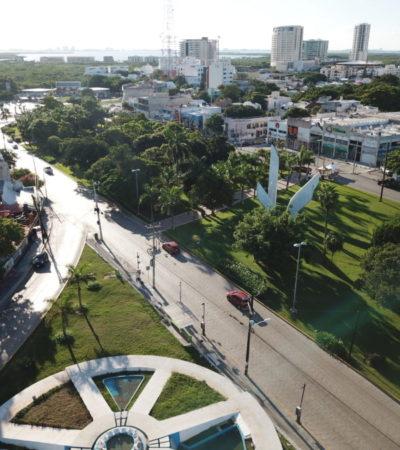 VIDEO | Por quinto día consecutivo, clientes de FNS mantienen cerrado tramo de la Avenida Cobá en rechazo a operativo de la SEIDO en Cancún