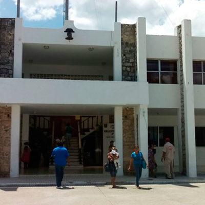 Rompeolas: Tampoco llega 'el cambio' para ex empleados de la Comuna de Felipe Carrillo Puerto