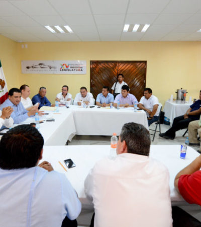 Coinciden líderes de taxistas y diputados en la necesidad de una nueva Ley de Movilidad