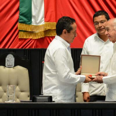 Entregan de manera póstuma la medalla 'Andrés Quintana Roo' al general Rafael E. Melgar