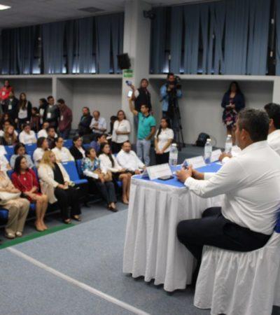 Celebran feria de orientación educativa en Cancún