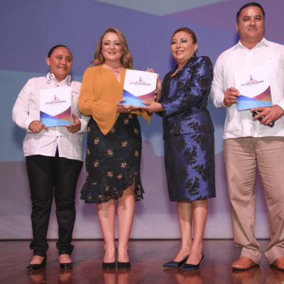 Rinde Presidenta Honoraria del DIF Solidaridad su Primer Informe de labores