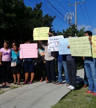 """""""NUESTRAS FAMILIAS TAMBIÉN COMEN"""": Exigen intendentes de Playa del Carmen su pago"""