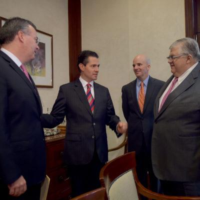 Nombra Peña Nieto a Alejandro Díaz de León Carrillo como nuevo Gobernador del Banco de México en sustitución de Agustín Carstens