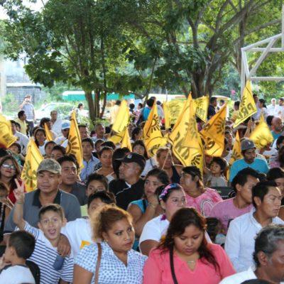 Cierran filas perredistas en Playa del Carmen