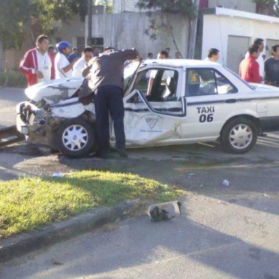 DESTROZA VOLQUETE A TAXI: Conductor queda herido tras accidente en FCP
