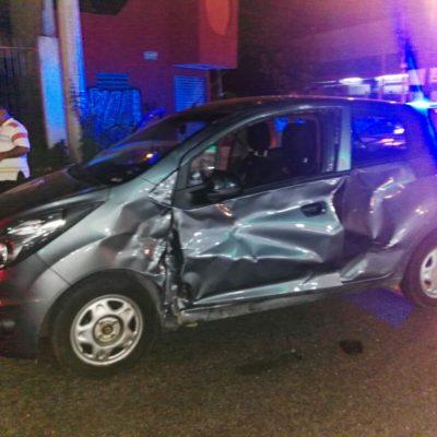 Fuerte accidente en la Ruta 4 de Cancún deja saldo de 4 personas lesionadas