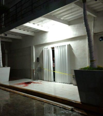 MÁS BALAZOS DURANTE LA MADRUGADA EN CANCÚN: Tras una violenta noche, matan a un guardia de seguridad y lesionan a una mesera en el 'Bar Capri' de la SM 64