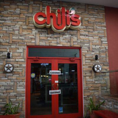 MENOR TERMINA CON FRACTURA DE CRÁNEO MIENTRAS JUGABA EN RESTAURANTE: Por una denuncia ciudadana, clausura Protección Civil restaurante 'Chili's' en Plaza Malecón las Américas