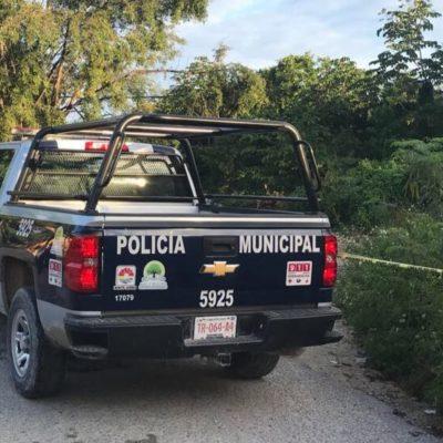 ENCUENTRAN PRESUNTO EMBOLSADO EN CANCÚN: Hallan narcomensaje y restos de una persona descuartizada en camino de terracería por fraccionamiento Alejandría