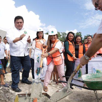 Inician obras de construcción de guarniciones, banquetas y alumbrado en Tulum