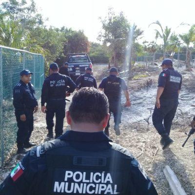 CUSTODIAN POLICIAS DE ISLA MUJERES INVASIÓN EN ISLA BLANCA: En lugar de proteger a los isleños de la delincuencia, los elementos operan al servicio de un particular