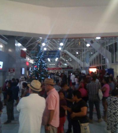 Atestada de viajeros, la terminal de ADO en Cancún