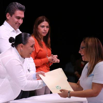 DESPUÉS DE 24 AÑOS DE ESPERA…. YA ES OFICIAL: Afilia Cristina Torres al Seguro Social a más de 2 mil 600 servidores públicos de Solidaridad