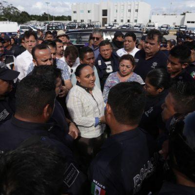 PROTESTA DE POLICÍAS EN PLAYA: Agentes reclaman pagos parejos de bonos del Fortaseg; autoriza Alcaldesa un pagó único equitativo para subsanar falta de homologación salarial durante los últimos tres años