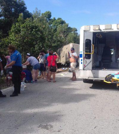 ATIENDEN A TURISTAS SOBREVIVIENTES DE VOLCADURA EN MAHAHUAL: Nueve cruceristas accidentados permanecen internados y dos fueron trasladados a EU; confirman 12 muertos