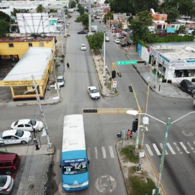 ENTRAN EN VIGOR PARES VIALES EN CANCÚN: Cancelan la 'Vuelta a la Izquierda' en cruceros semaforizados sobre la Avenida Kabah con Talleres