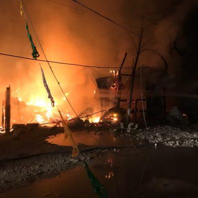 Se incendian palapas en La Jungla
