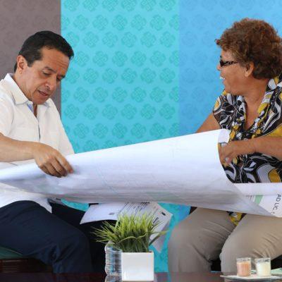 Atiende Carlos Joaquín personalmente problemas de ciudadanos de Isla Mujeres