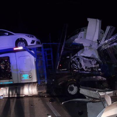 Choque de 'nodriza' deja 5 mdp en pérdidas en la carretera Chetumal-Felipe Carrillo Puerto