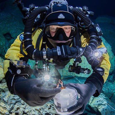Investigación en cavernas de Tulum obtienen premio en China