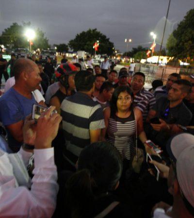 TERMINA PROTESTA DE POLICÍAS EN CANCÚN: Tras más de 12 horas de paro de agentes en el Palacio Municipal, anuncia comuna pago de un bono por 10 mil 500 pesos para que reanuden labores
