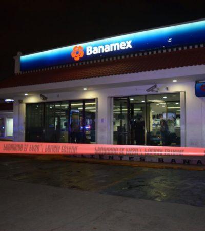 APROVECHAN PARO POLICIACO Y ASALTAN BANCO: Roban en el Banamex de la Avenida Tulum mientras agentes de Cancún reclamaban pago del Fortaseg; botín ascendería a 3.2 mdp