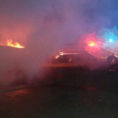 Se incendia embarcación en Puerto Juárez