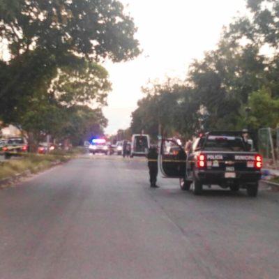 Estables, tres baleados en Paseos Kabah