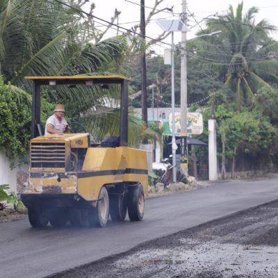 Repara Ayuntamiento calles del Centro de Tulum