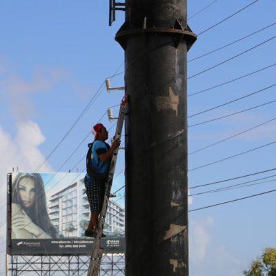 Seguirán con retiro de más espectaculares en Cancún
