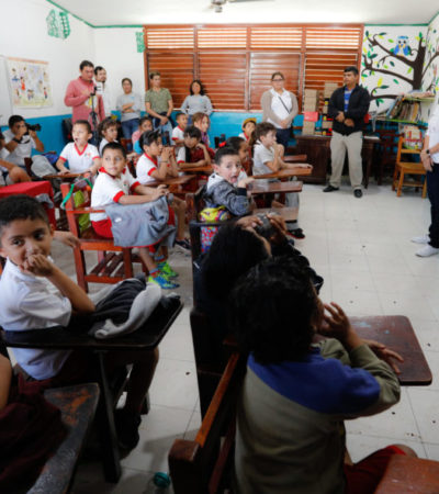 Llega 'Municipio en tu Escuela' a más de 1,700 estudiantes en Puerto Morelos