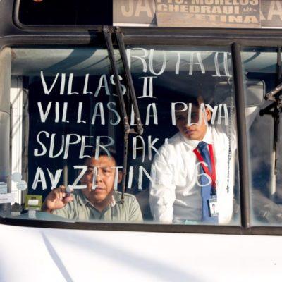 Dan banderazo de inicio de nueva ruta de transporte en Puerto Morelos