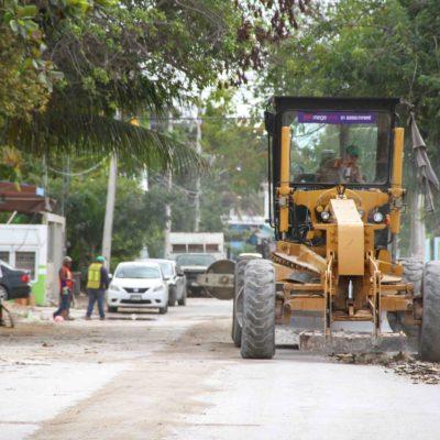 Inician pavimentación de calles en la Zetina Gasca de Puerto Morelos con inversión de 5 mdp