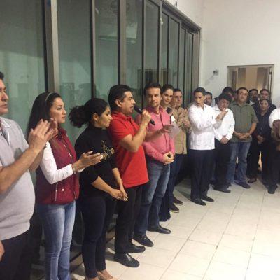 Arropado por Félix González y un hermano de Miguel Ramón, presenta PRI a Pedro Joaquín Delbouis como virtual candidato a la presidencia municipal de Cozumel