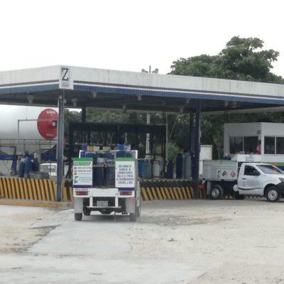 Infraccionan a dos gaseras por dar litros incompletos en Cozumel