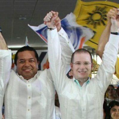 SALPICA MENDICUTI TAMBIÉN A ANAYA: Precandidato panista critica a Meade por foto con borgista, pero levanta la mano a aspirante que también posó con él