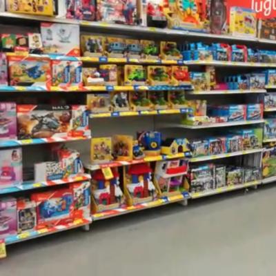 Arranca Profeco operativo para que negocios no abusen de los pobres padres que se hacen pasar por Reyes en la compra de juguetes