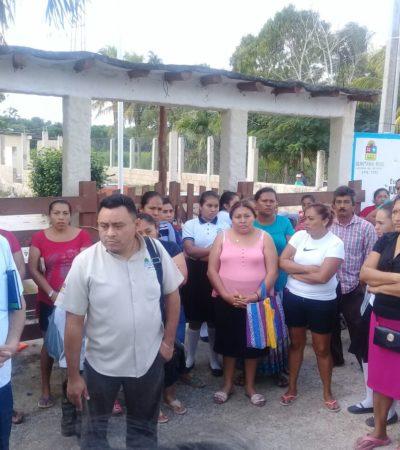 Padres exigen destitución de directora en plantel de Chiquilá