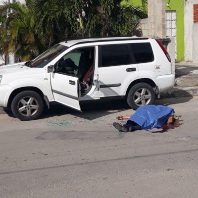 EJECUTAN A MIEMBRO DEL SINDICATO DE TAXISTAS: Matan a balazos a radiooperador en el fraccionamiento Itzales de la SM 529 de Cancún