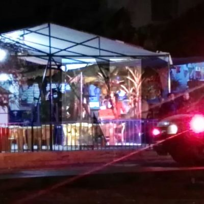 NOCHE VIOLENTA EN CANCÚN | ATACAN A BALAZOS RESTAURANTE EN LA R-230: Saldo de 2 muertos y 7 heridos al irrumpir sicarios en 'La Palapa del Chuki'