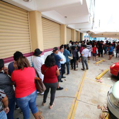 Largas filas en el módulos del INE en el último día para tramitar credencial de elector