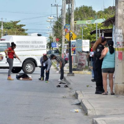 EJECUTAN A 'SKATER' EN CANCÚN: A balazos, matan a un joven que se deslizaba en patineta en la Región 101